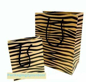 1 x Present Gift Bags – Tiger Print  W23 x H18 x D10cm