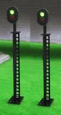 Pack of 2 Green / Red Colour Light Signals 12 volt OO Gauge