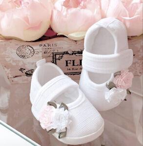 TS37 ♥ Taufschuhe mit Blume Babyschuhe weiss Taufe NEU