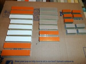 N SCALE CONTAINERS LOT OF 25 PCS. PAINTED UNDECORATED