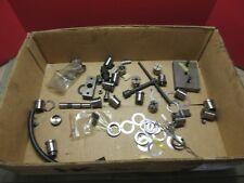 87 Maho MH600E CNC Vertical Mühle Menge Spannzangen Werkzeug Teile mit Schrauben Tools
