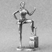 Unpainted Miniature Auto Stop Girl Female 1/32  Toy Soldiers 54mm