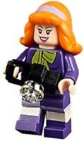 LEGO Scooby-Doo Minifigure - Daphne with Camera (75904)