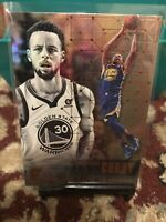 Stephen Curry 2017-18 Panini Essentials Card #60