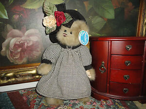 Bearington Bears Audrey Velvet Checkered Dress Item 1397 w Tags 14 inch Retired