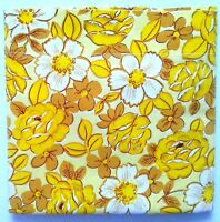Vintage 70's Wabasso Floral Bedsheet FULL FLAT White Yellow Flowers Cutter