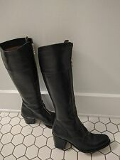 GUESS ITALY BLACK LEATHER RIDING STYLE BOOTS FRONT ZIPPER EU 35.5 (size 5 US)
