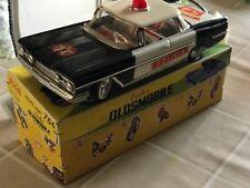 Oldsmobile cabledirigido de rico en caja original (1965)