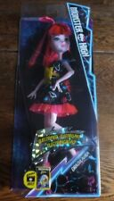 Monster High - Electrified Hair - Draculaura Doll - Childs Toy - Ages 6+