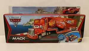 RARE! Disney Pixar Cars 2 - MACK TRUCK PLAYSET w/McQUEEN 2010 K-Mart Exclusive