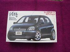Modelbouw 1/24 Toyota Vitz (Yaris) Fujimi