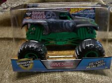 Hot Wheels Monster Jam GRAVE DIGGER Truck 1:24 scale 35th anniversary
