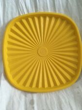 "Vintage Tupperware Servalier Replacement 8 1/2"" Square Yellow Seal #837"
