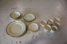 Alfred Meakin 1945 Cream and Gold 30 piece Dinner Set (6 place setting)