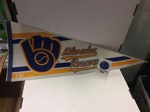 Vintage Milwaukee Brewers Pennant 1980's