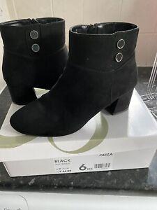 Evans Black Faux Suede Ankle Boots. Size 6EEE VGC