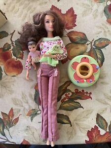 Mattel Barbie Happy Family Neighborhood Friend Lea Kayla & Baby.