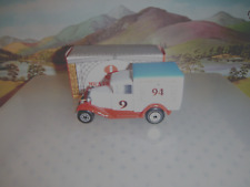 Matchbox Model MB38 9th MICA white Van blue roof red base 2000 off  OO ? Scale