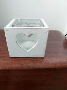 White square shabby chic tea light holder with glass insert. Heart pattern.