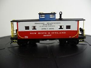 New Hope & Ivyland Bicentennial caboose decals