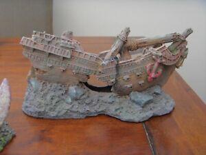 3 fish tank /aquarium ornaments ship wreck sword ,house