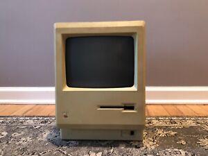Vintage Apple Macintosh M0001