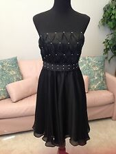 White House Black Market Cocktail Dress, Size 6, NEW