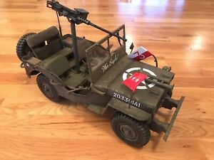 "Ultimate Soldier ""War Eagle"" Jeep - 21 Century Toys"