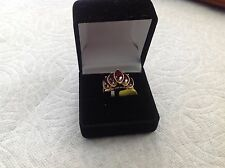 14K YELLOW GOLD RING MARQUISE CUT WITH RED GARNET