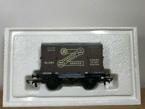 Dapol B119 12T Conflat Wagon No. 39005 with 'GWR Removals' Container