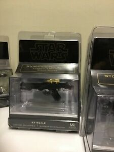 Master replicas scaled Storm trooper gold chase