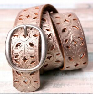"""Fossil ANTIQUE GOLD GENUINE LEATHER 1.5""""Wd CUT OUT CASUAL WOMEN'S BELT Sz S (T85"""