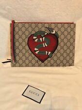 bcf98a9916812 Gucci Medium Clutch Bags & Handbags for Women for sale | eBay