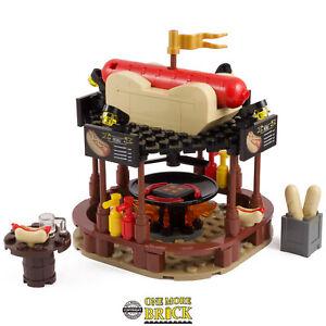 German Hot-Dog Stand | Winter Christmas Market Bratwurst | All parts LEGO