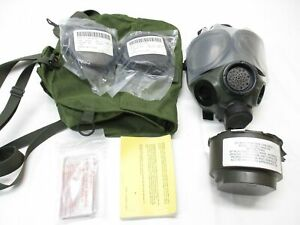US Military M40 Gas Mask size MEDIUM with Bag 40mm Filter c2a1 Clear Lens Cover