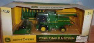 1/64 Ertl John Deere 7720 Titan II Combine