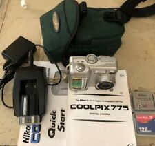 Nikon COOLPIX 775 2.1MP Digital Camera Battery And Charger Compact Flashers Case