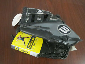 Wilson Onyx Fastpitch Softball Glove  113/4 (LH Throw) ~NEW~