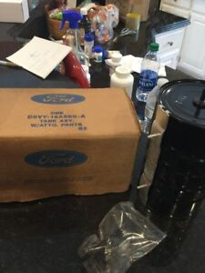 Nos 1978 Lincoln Vacuum Tank D8VY-19A566-A
