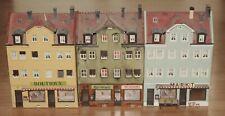 Faller o.a. H0 drei Stadthäuser mit Ladenlokalen fertig gebaut Höhe ca 15 cm