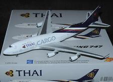 1:200 Chaînes 200 Lufthansa b747-400 D-ABVM avec avec pied en métal Modèle