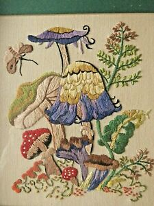 VINTAGE HAND EMBROIDERED PICTURE FRAMED- BEAUTIFUL WILDFLOWERS/TOADSTOOLS
