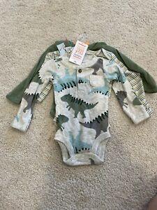 Carters newborn 3 piece body suit set dinosaur baby boy or girl new green
