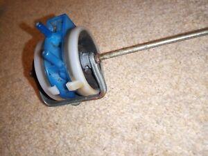 MERCEDES-BENZ SL R107 Front Left Door Lock Vacuum Element