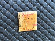 pins pin BADGE PIN-UP SEXY BIJOUX