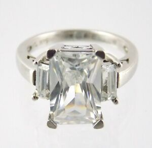 KL Sterling Silver Cubic Zirconia Three Stone Ring 925 Size 6.75 White CZ 5.6G