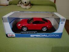 Porsche 911 (996) Carrera 4S rot, Modellauto 1:18 / Maisto