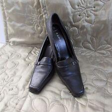 Patternless NEXT Wide (E) Court Heels for Women