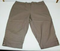 Studio Works Brown Bermuda Shorts/Capri's Stretch Womens Petite Size 16 P