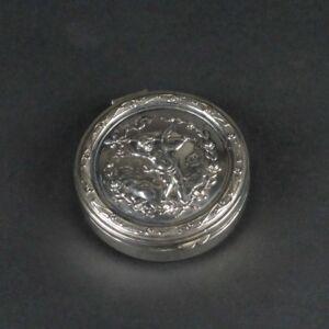 Continental 800 silver snuff box round pill trinket holder Vienna Austria